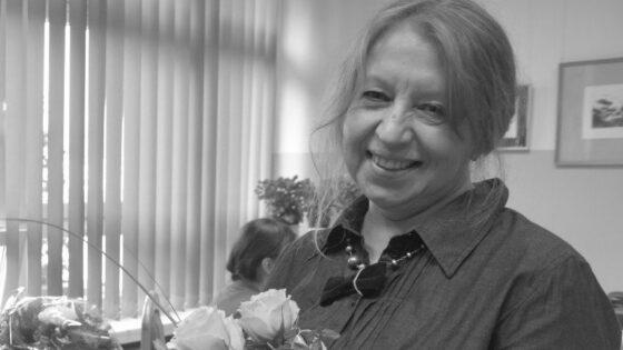 Katarzyna-Nowak-Zagorskiej-po-wernisazu-w-szkolnej-galerii2